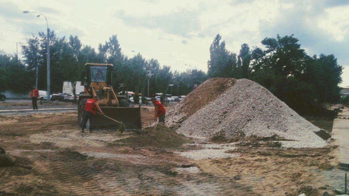 Велосипедный памп-трек начали делать в сквере Канавинского района - фото 1