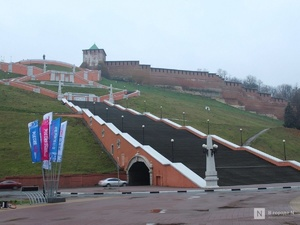 Исторические ступени Чкаловской лестницы сохранят на верхнем марше