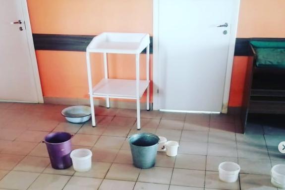 Протекающую крышу в детской поликлинике в Сергаче отремонтируют до конца апреля - фото 1