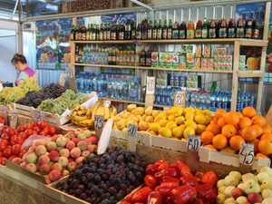 Нижегородский предприниматель задолжал за овощи и фрукты более 16 миллионов рублей