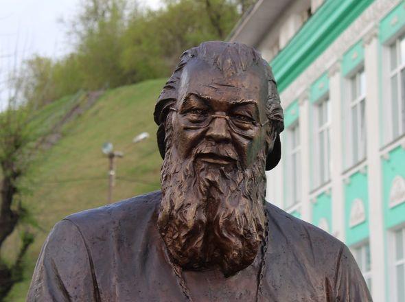Памятник митрополиту Николаю появился в Нижнем Новгороде - фото 6