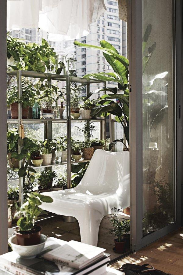 3 идеи благоустройства балкона, которые сделают его любимым местом для отдыха - фото 3