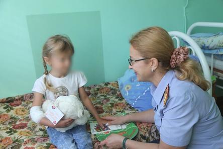 Зарину Авгонову перевели из реанимации в педиатрию и к ней сразу пришли из СК РФ