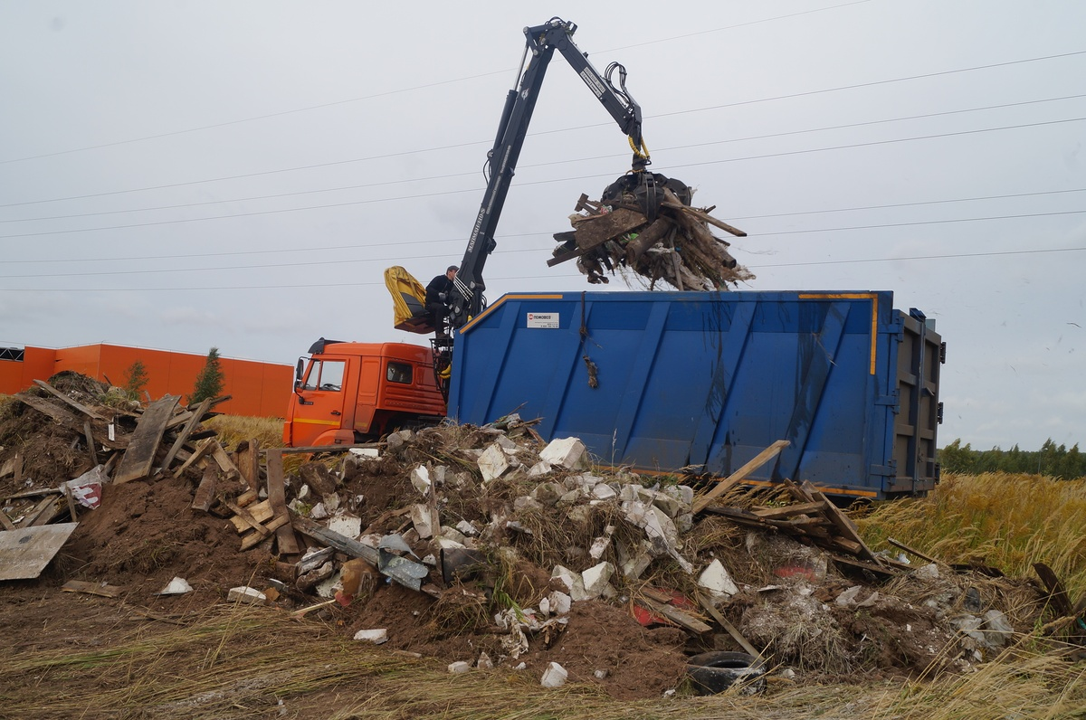 Около 1 500 кубометров мусора вывезли со свалок в Приокском районе  - фото 1