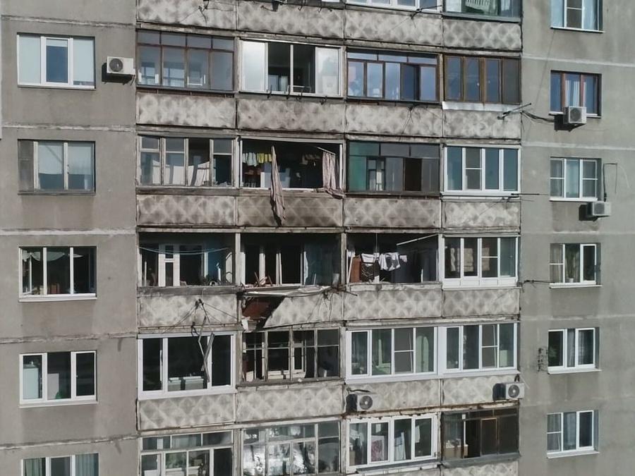 Жителям взорвавшегося на Автозаводе дома не дают забрать вещи - фото 1