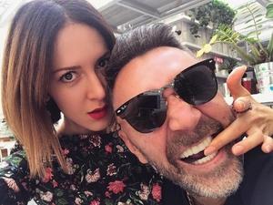 Сергей Шнуров рассказал фанатам об измене жены