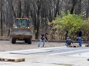 Основные работы по благоустройству парка «Дубки» должны закончиться до 20 ноября