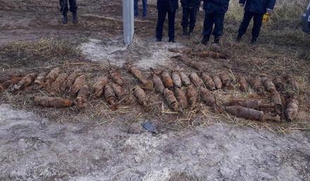 40 снарядов нашли на дороге под Дзержинском