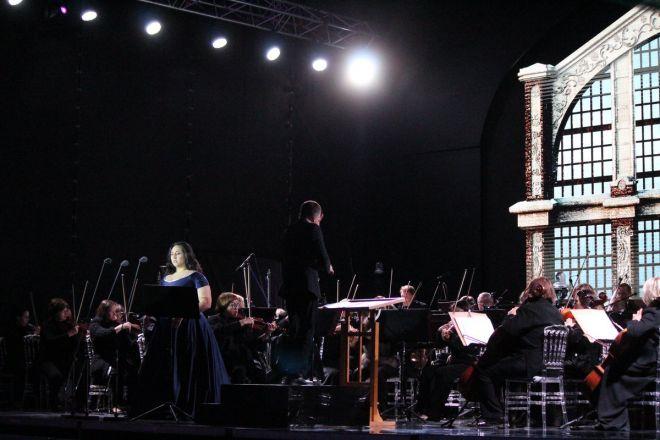 Звезды мировой оперы выступили на Стрелке - фото 14