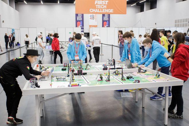 Национальный чемпионат по робототехнике стартовал в Нижнем Новгороде - фото 1