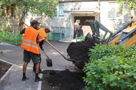 Благоустройство дворов в Дзержинске выполнено на 50%
