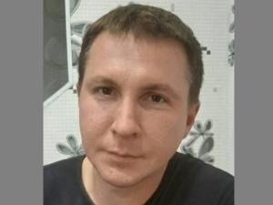 Мужчина с татуировкой в виде лица ребенка пропал в Первомайске