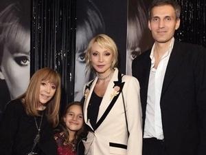 Дочь Орбакайте появилась на юбилее Пугачевой в платье от нижегородского дизайнера