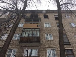 Пожар в пятиэтажке унес жизнь пенсионера в Московском районе (ФОТО)