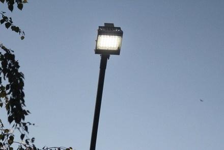 Экономичные светодиодные фонари установили на улице Тропинина в Приокском районе