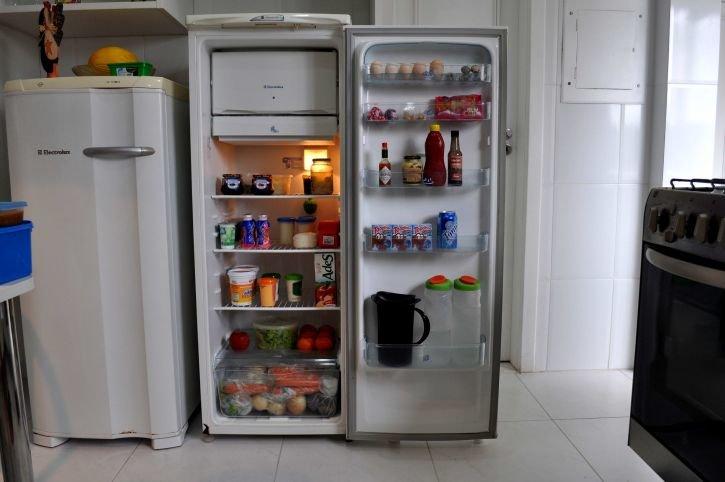 Что произойдет, если поставить в холодильник горячий суп - фото 1