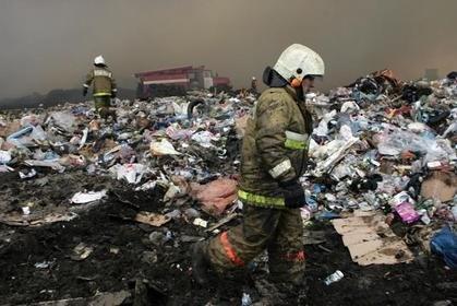 Шуваловская свалка в Нижнем Новгороде продолжает гореть